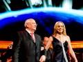 Мила Йовович показала сосок на концерте в честь Горбачева