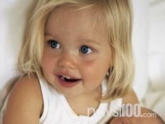 У красунь народжуються дівчатка