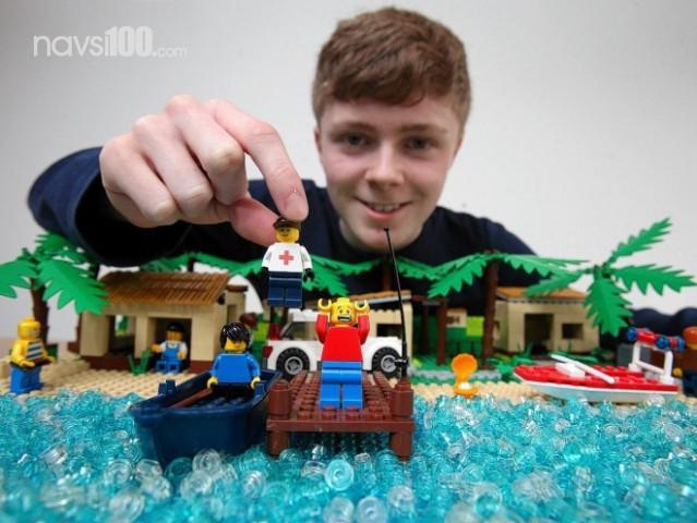 �'�������������� ���������� �������� ����������� ������� �� ��������� Lego