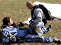 Каменських після невдалого стрибка з парашутом захотіла дітей