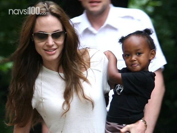Біологічна мама прийомної дочки Джолі благає про зустріч