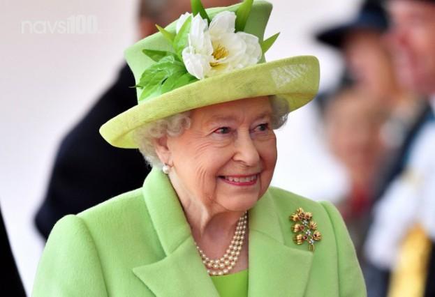Королева не устает удивлять своих подданных