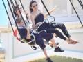 Анджелина Джоли отпраздновала день рождения двойняшек в Диснейленде