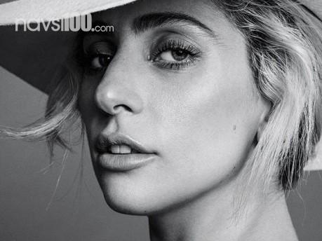 Хвора Lady Gaga відклала турне Європою й звернулася до фанів: Я борець