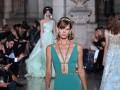 Неделя моды в Париже: украинская топ-модель приняла участие в ярких показах