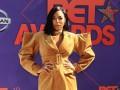 Платья-сеточки и глубокие декольте: афроамериканские звезды поражали на красной дорожке в Лос-Анджел